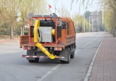 道路清扫车上路前的必检
