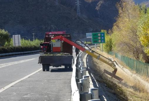 大家都满意的公路车载式绿篱修剪机!